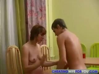 ИФОМ и молодой любовник