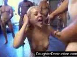 Латина дочь трахал